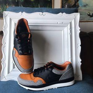 Other - Nike Air Safari QS Black/Monarch/CobblesTone